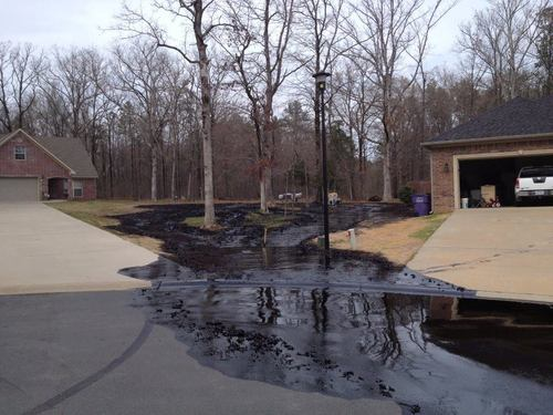 Oil Sands spilling from Exxon pipeline, March 29, 2013