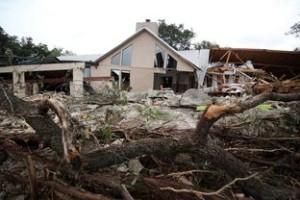 photo by: Jorge Sanhueza-Lyon/KUT News A flood-damaged house in Wimberley, May 25, 2015.